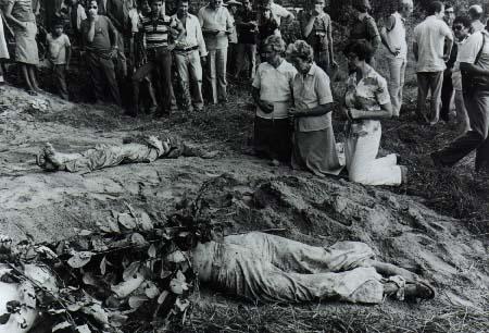 Corpos ficam nas ruas. Ordem da FMLN.