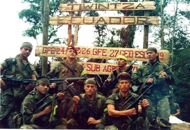 Peruanos, heróis do Cenepa. www-heroesdelcenepa-com-ec.jpg