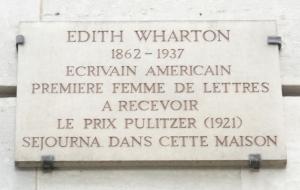 Plaque_Edith_Wharton,_3_place_des_États-Unis,_Paris_16